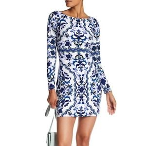 Vince Camuto Printed Long Sleeve Lined Shift Dress
